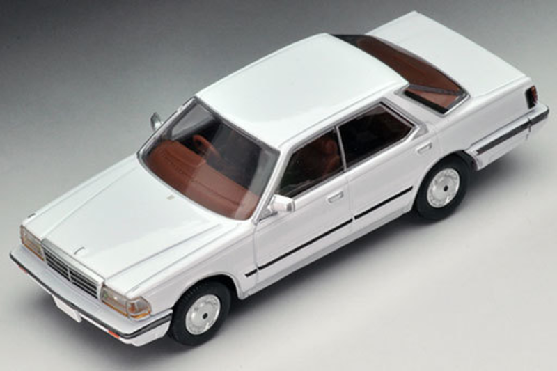 1/64 Tomica Limited Vintage NEO LV-N150a Gloria V30 Brougham (White)