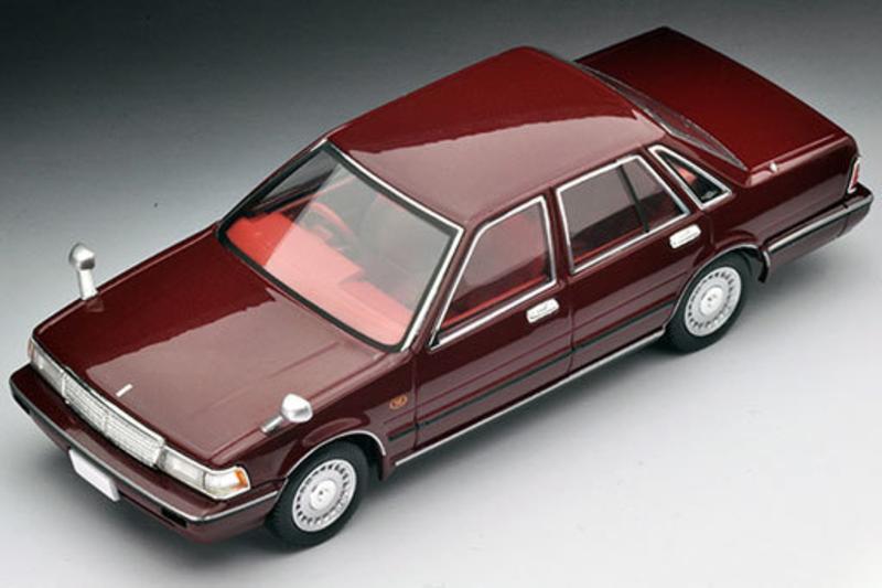 1/43 Tomica Limited Vintage NEO LV-N43-19a Gloria Sedan (Dark Red)