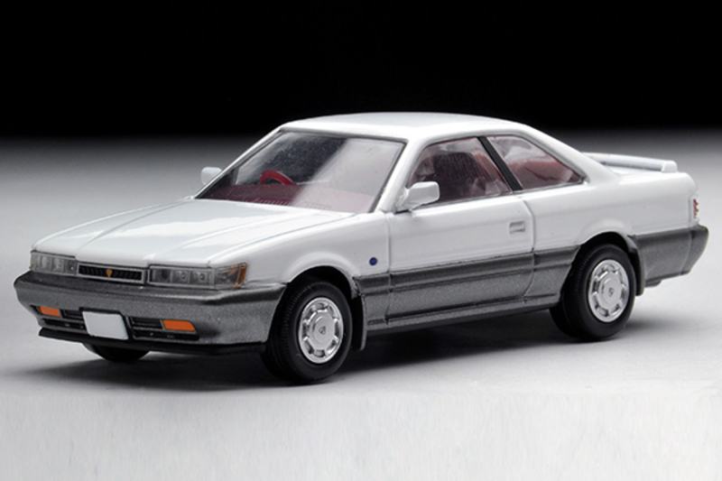 1/64 Tomica Limited Vintage NEO TLV-N118c Leopard XS-II (White/ Gray)