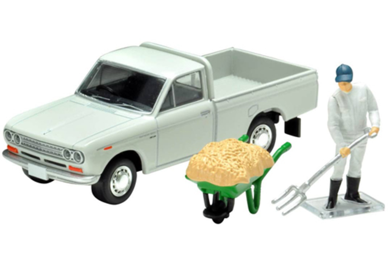 1/64 Tomica Limited Vintage LV-195c Datsun Truck 1300 Deluxe (White) w/Figure