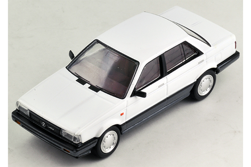 1/64 Tomica Limited Vintage NEO LV-N10c Nissan Sunny 1500 Super Saloon (White/Grey)